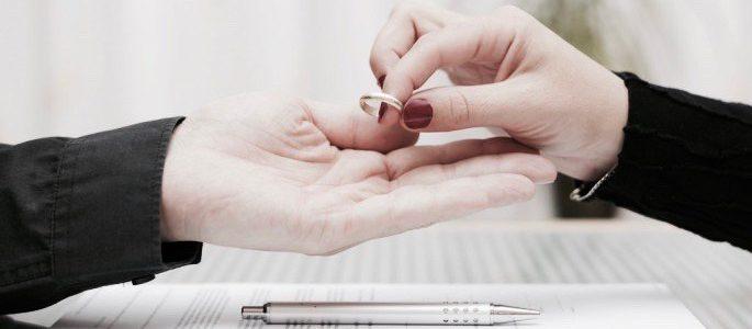 Boşanma Büyüsü Nedir?